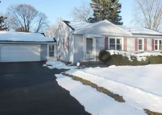 Foreclosed Home in Rochester 14624 LONRAN DR - Property ID: 4460176680