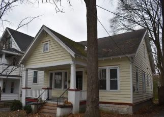 Foreclosed Home in Syracuse 13203 HIGHLAND ST - Property ID: 4460181497