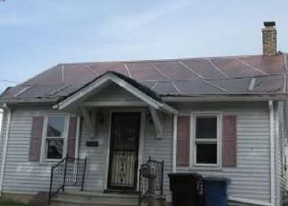 Foreclosed Home in Racine 53404 GOLF AVE - Property ID: 4460240628