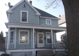 Foreclosed Home in Racine 53403 VILLA ST - Property ID: 4460243245