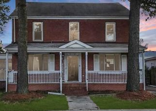 Foreclosed Home in Portsmouth 23704 SUMMIT AVE - Property ID: 4460335214