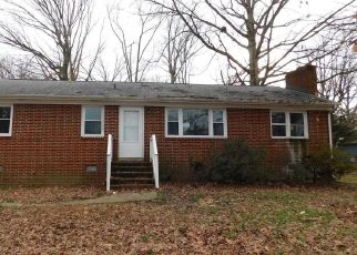 Foreclosed Home in Richmond 23224 WIMBLEDON DR - Property ID: 4460360180