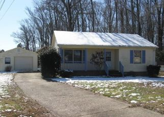 Foreclosed Home in Hampton 23666 LUNDY LN - Property ID: 4460365438