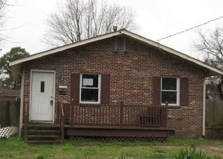 Foreclosed Home in Hampton 23663 INSTITUTE DR - Property ID: 4460368511