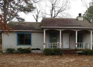 Foreclosed Home in Waskom 75692 BOGGY RD - Property ID: 4460399612