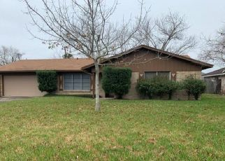 Foreclosed Home in Port Lavaca 77979 RIDGECREST DR - Property ID: 4460449533