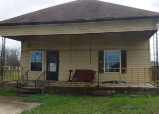 Foreclosed Home in Hewitt 76643 W JOHNSON ST - Property ID: 4460451278