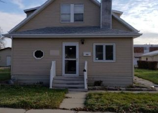 Foreclosed Home in Aberdeen 57401 N JAY ST - Property ID: 4460526173