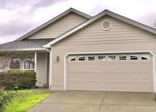 Foreclosed Home in Grants Pass 97527 INDEPENDENCE DR - Property ID: 4460709698