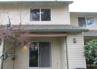 Foreclosed Home in Portland 97217 N HAYDEN BAY DR - Property ID: 4460712764