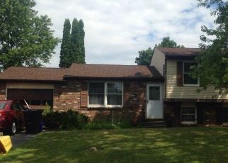 Foreclosed Home in Liverpool 13090 FALCON DR - Property ID: 4460728527