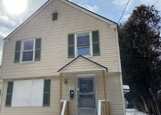 Foreclosed Home in Syracuse 13207 VALLEY DR - Property ID: 4460734661