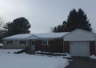 Foreclosed Home in Syracuse 13212 TOLBERT DR - Property ID: 4460736407