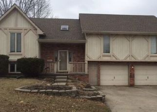 Foreclosed Home in Kansas City 64118 N MAIN ST - Property ID: 4460964148