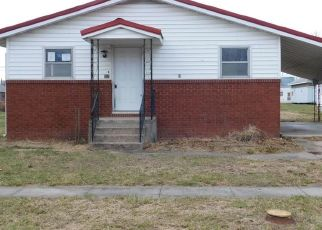 Foreclosed Home in Laddonia 63352 E 3RD ST - Property ID: 4460987362