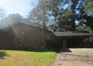 Foreclosed Home in Jackson 39204 VERNON CIR - Property ID: 4461065772