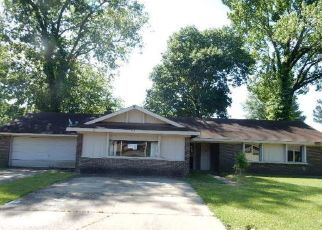 Foreclosed Home in Jackson 39206 FAIRFIELD DR - Property ID: 4461067966