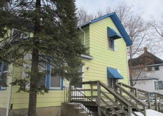 Foreclosed Home in Minneapolis 55411 14TH AVE N - Property ID: 4461103428