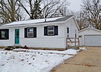 Foreclosed Home in Wyoming 49509 MILAN AVE SW - Property ID: 4461152937