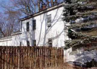 Foreclosed Home in Constantine 49042 S WASHINGTON ST - Property ID: 4461153802