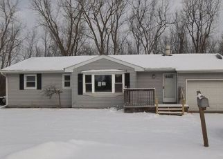 Foreclosed Home in Bay City 48706 FERRIS DR - Property ID: 4461157293