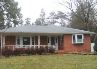 Foreclosed Home in Pennington 08534 FLOWER HILL DR - Property ID: 4461198922