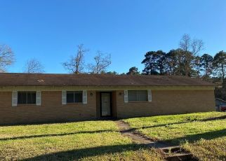 Foreclosed Home in Lufkin 75901 WILLOW OAK DR - Property ID: 4461268996
