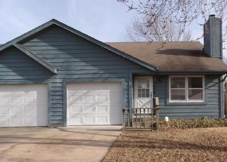 Foreclosed Home in Topeka 66614 SW EVENINGSIDE DR - Property ID: 4461318923
