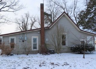 Foreclosed Home in Bluffton 46714 DOUGHERTY ST - Property ID: 4461364464