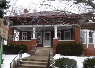 Foreclosed Home in Calumet City 60409 WALTHAM ST - Property ID: 4461375858