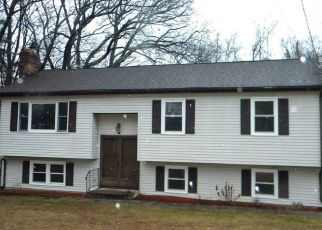 Foreclosed Home in Bristol 06010 MARTIN RD - Property ID: 4461418779