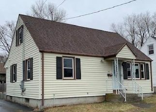 Foreclosed Home in New Britain 06051 WYNOLA AVE - Property ID: 4461428403