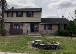 Foreclosed Home in Randallstown 21133 MENDOZA RD - Property ID: 4461660535