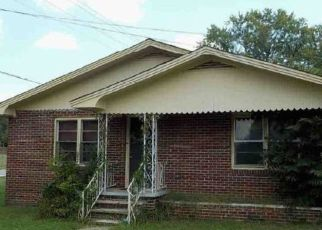 Foreclosed Home in Moulton 35650 MAIN ST - Property ID: 4461740238