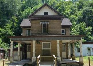 Foreclosed Home in West Union 26456 DOE RUN - Property ID: 4461746819