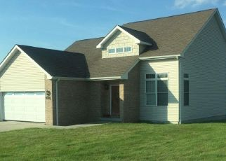 Foreclosed Home in Bruceton Mills 26525 HORSESHOE DR E - Property ID: 4461750761
