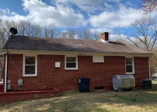 Foreclosed Home in Hurt 24563 W SPENCER RD - Property ID: 4461774857