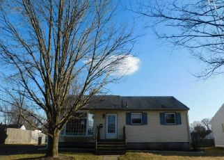 Foreclosed Home in Magnolia 08049 PAULSON DR - Property ID: 4461913689