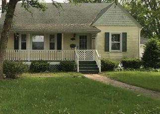 Foreclosed Home in Geneseo 61254 E WELLS ST - Property ID: 4461962744