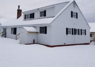 Foreclosed Home in Norridgewock 04957 WALKER RD - Property ID: 4461982893