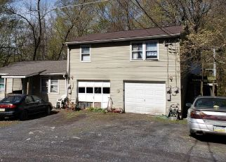 Foreclosed Home in East Stroudsburg 18302 HANNAN LN - Property ID: 4462007858