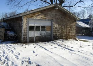 Foreclosed Home in Hudson 04449 DARLING RD - Property ID: 4462051647
