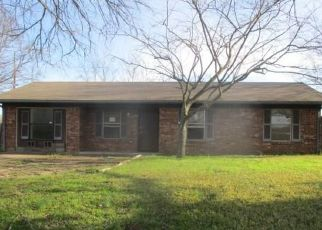 Foreclosed Home in Wills Point 75169 HOUSTON ST - Property ID: 4462070927