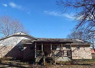 Foreclosed Home in Shawnee 74804 GARRETTS LAKE RD - Property ID: 4462091499