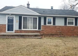 Foreclosed Home in Romulus 48174 ROMAINE ST - Property ID: 4462137484