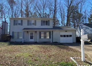 Foreclosed Home in Newport News 23608 MICHAEL IRVIN DR - Property ID: 4462152826