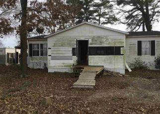 Foreclosed Home in De Kalb 75559 COUNTY ROAD 3112 - Property ID: 4462172523