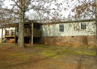 Foreclosed Home in Gladstone 24553 COLEMANS MILL RD - Property ID: 4462269313
