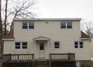 Foreclosed Home in Stanhope 07874 MAYNE AVE - Property ID: 4462331959