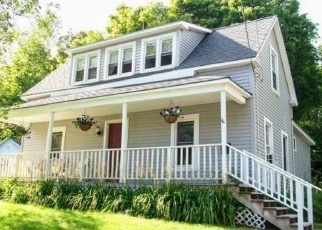 Foreclosed Home in Dexter 04930 GOULD AVE - Property ID: 4462369165